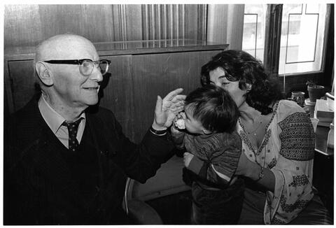 Bashevis Singer and baby Leyzer w his Mother