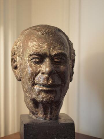 Bust of Samuel (Shmaye) Dropkin