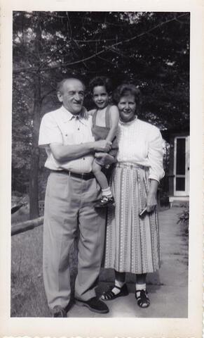 toddler dan with grandparents