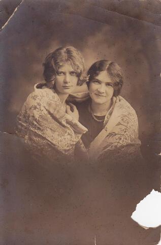 Adela Opatoshu and Fania Glantz portrait