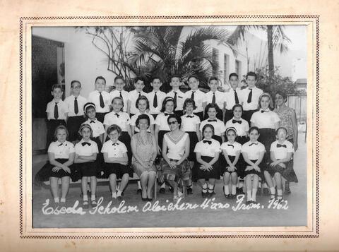 Scholem Aleichem 1962 Class Photo