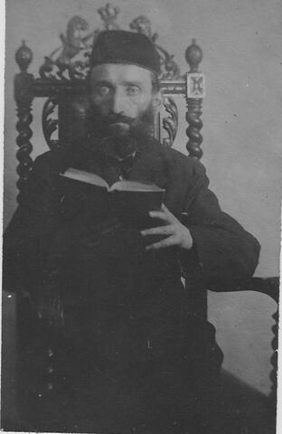 Dovid Opatovski portrait