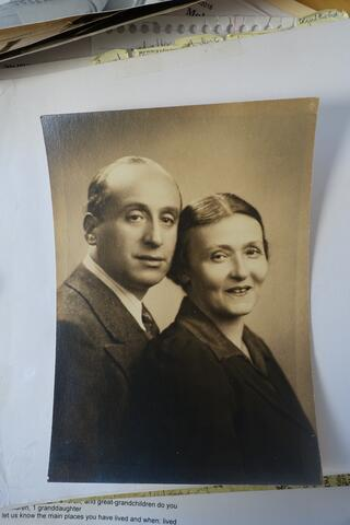Simkhe Lev and Kadya Molodowsky portrait