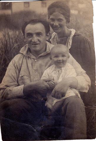 Yosef and Adela with baby son David Opatoshu