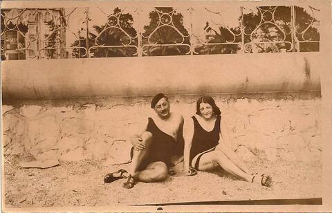 Sholem Asch and wife at the beach