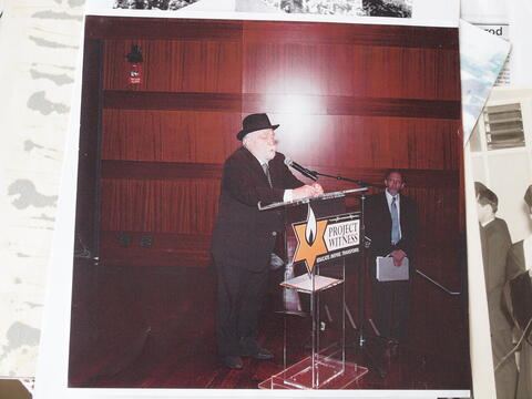Moshe Kraus Performs for Project Witness