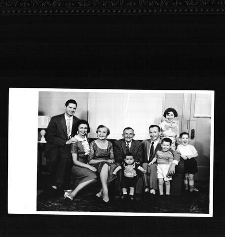 Family picture Seattle Washington, Rita Katz, parents, and brother's family