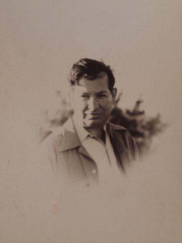 Meyer Krawetz small portrait close up