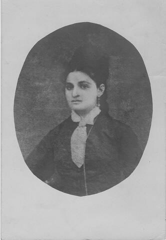 Nantshe Opatovski portrait