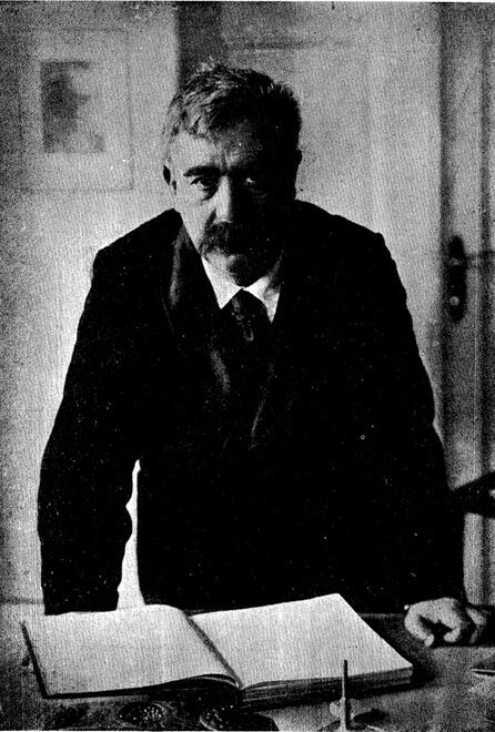 A photograph of the Yiddish write I.L. Peretz taken from a collection of his letters and essays