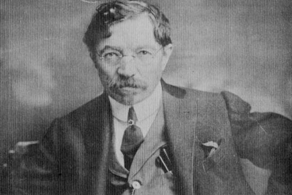 A photograph of the Yiddish writer Sholem Aleichem